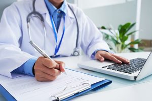 Receta médica privada, ¿cómo afecta a las farmacias?